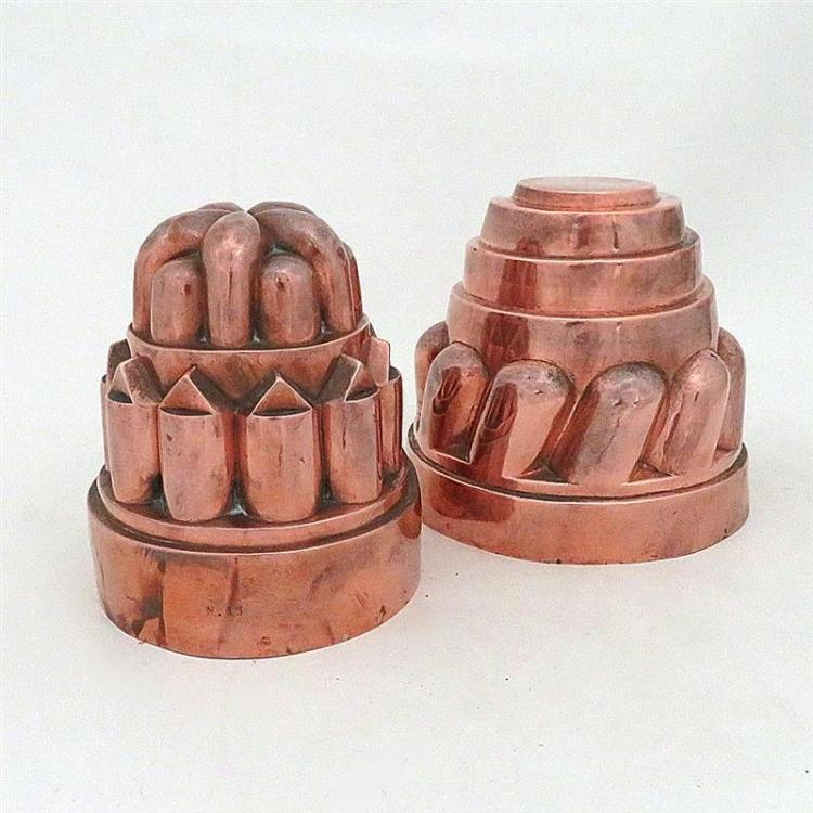 Large Victorian tin-lined copper moulds, one marked (2pcs)