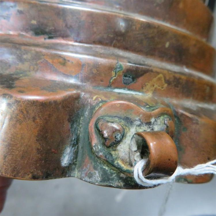 Large antique tin-lined copper 'Beehive' mould