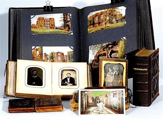 Collection of autographs, pictures and daguerreotypes (12pcs)