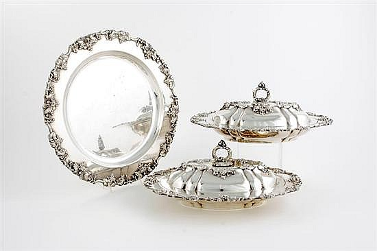Pair silverplate covered entrees and tray (3pcs)