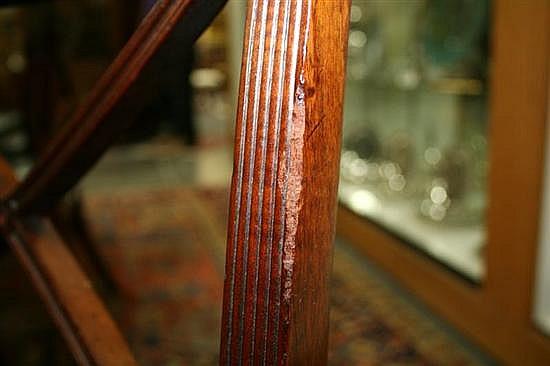 Set Sheraton carved & inlaid mahogany dining chairs (9pcs)