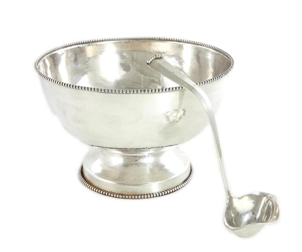 Old Newbury Crafters silver punchbowl and ladle (2pcs)