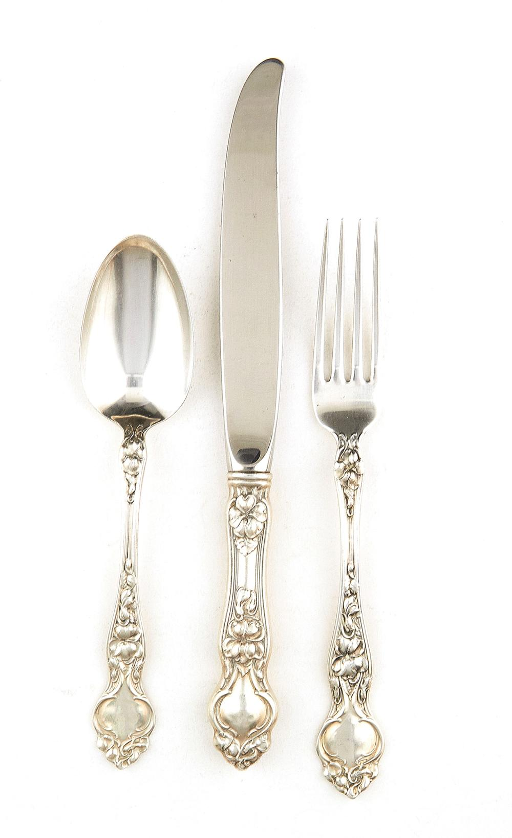 American silver Violet pattern flatware service, Wallace (approx. 155pcs)