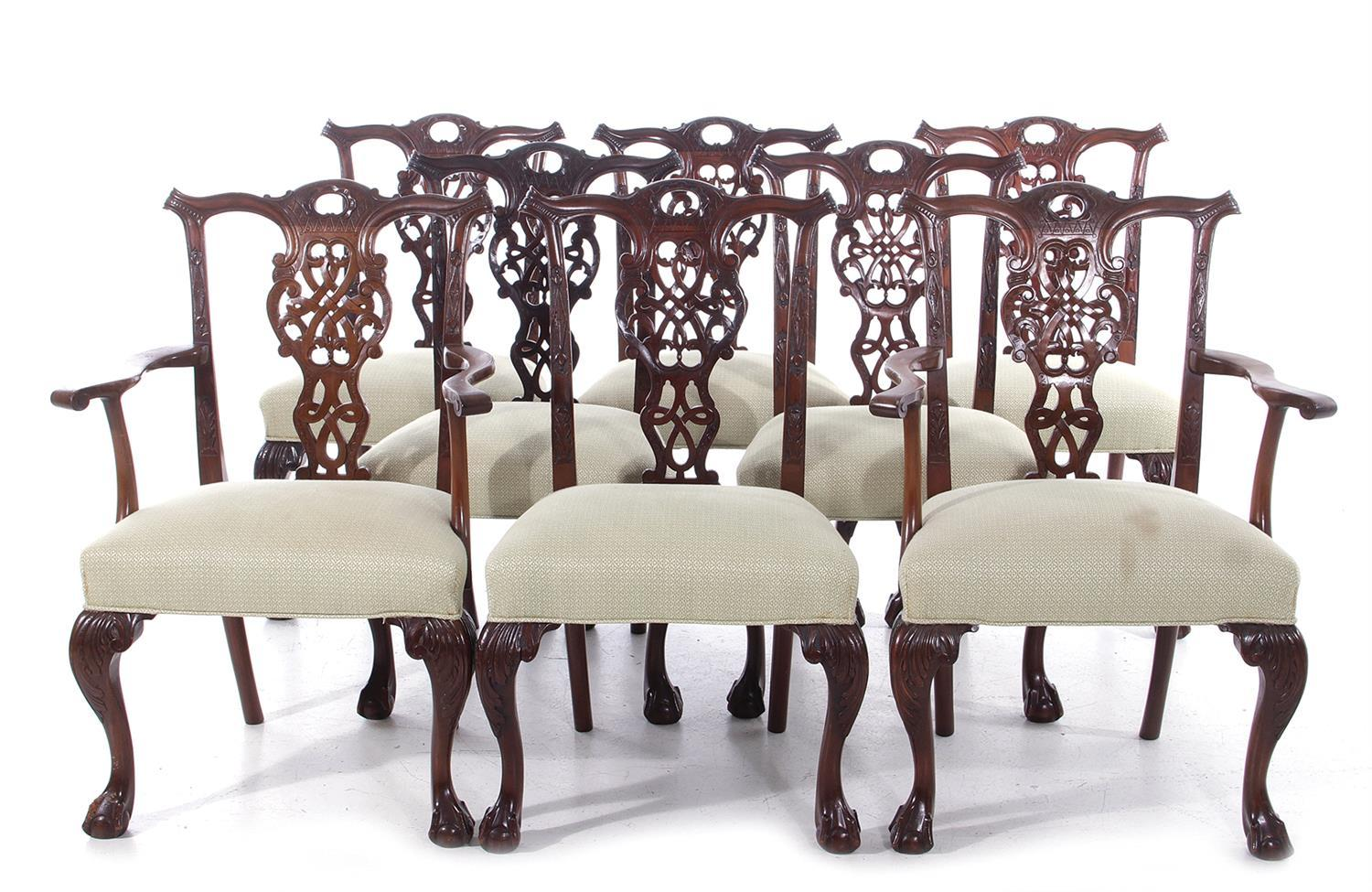 Chippendale style carved mahogany dining chairs (8pcs)