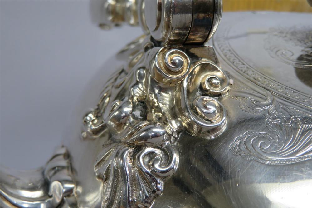 Fine George II silver kettle on lampstand, Paul de Lamerie