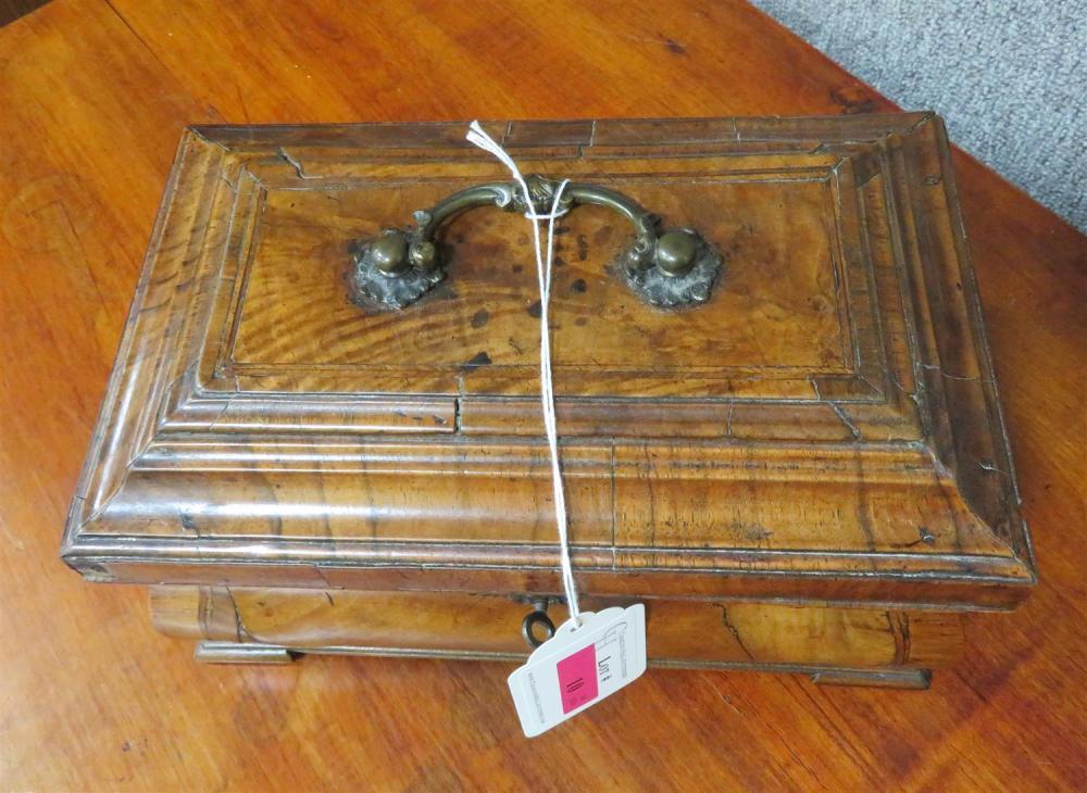 Georgian walnut bombe-form tea caddy