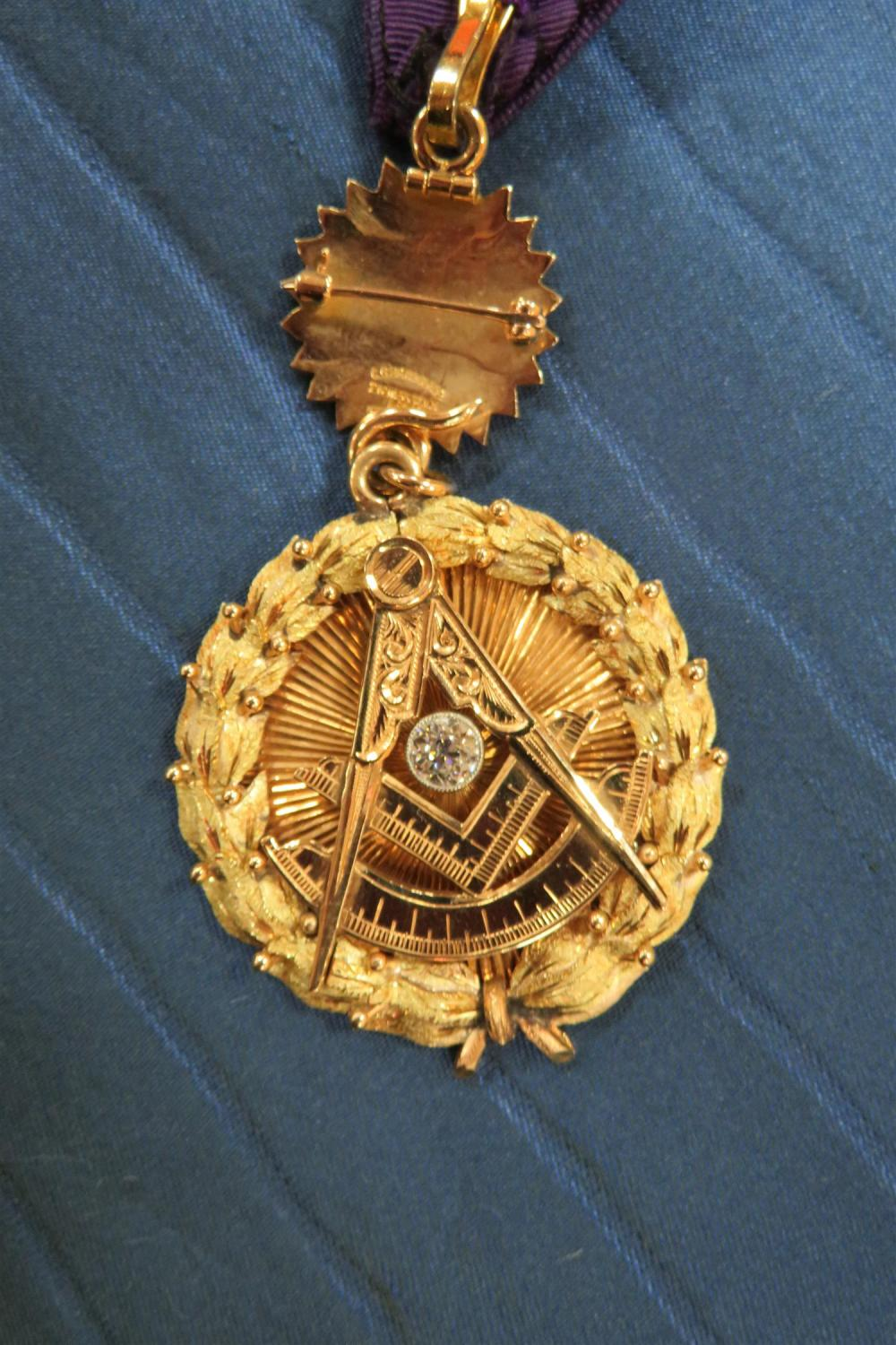 Masonic diamond and gold pendant, New York State Grand Lodge