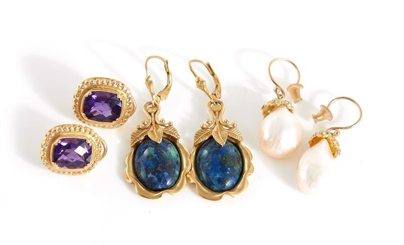 Gemstone and pearl earrings (6pcs)