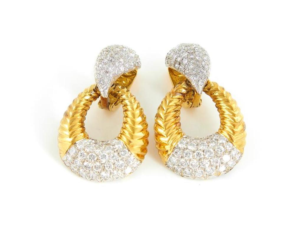 Pair diamond and gold earclips (2pcs)