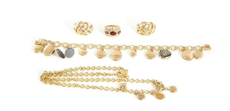 Gold earrings, necklaces and gemstone ring (5pcs)
