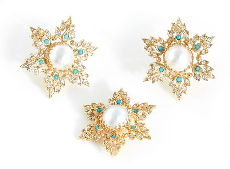 Mabe pearl, diamond and turquoise brooch and earrings (3pcs)
