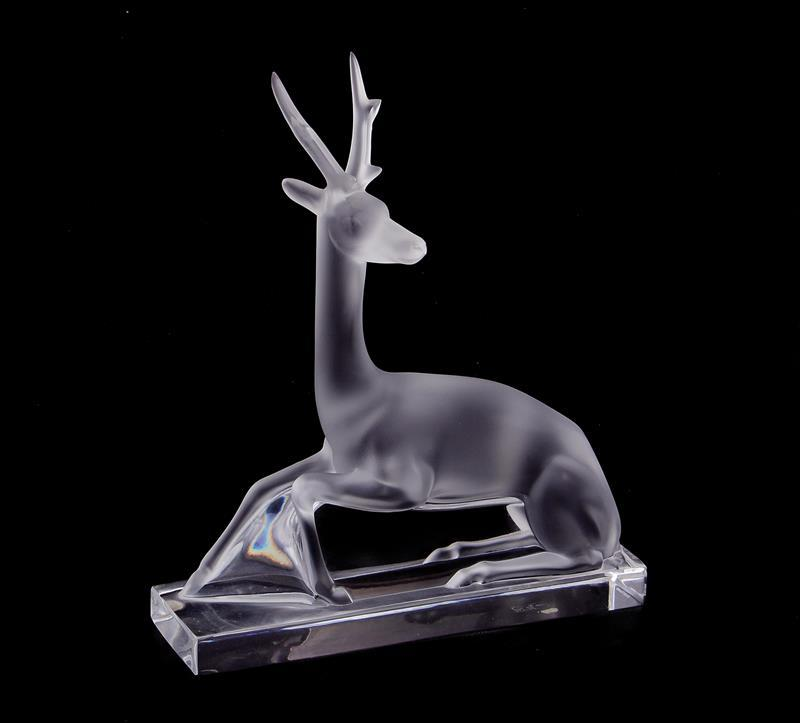 Lalique Cerf crystal deer figure