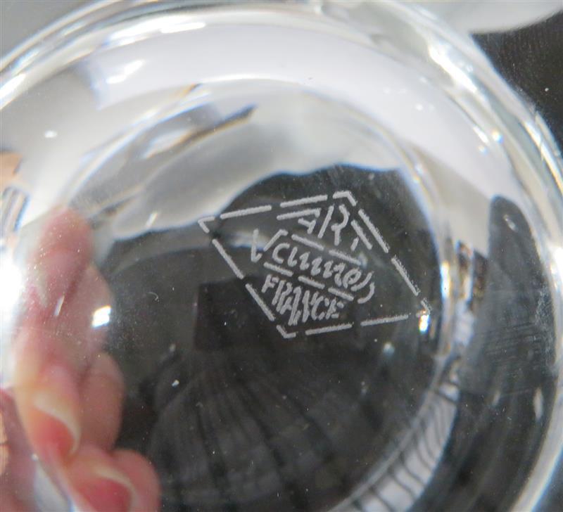 Art Vannes crystal polar bear ashtray