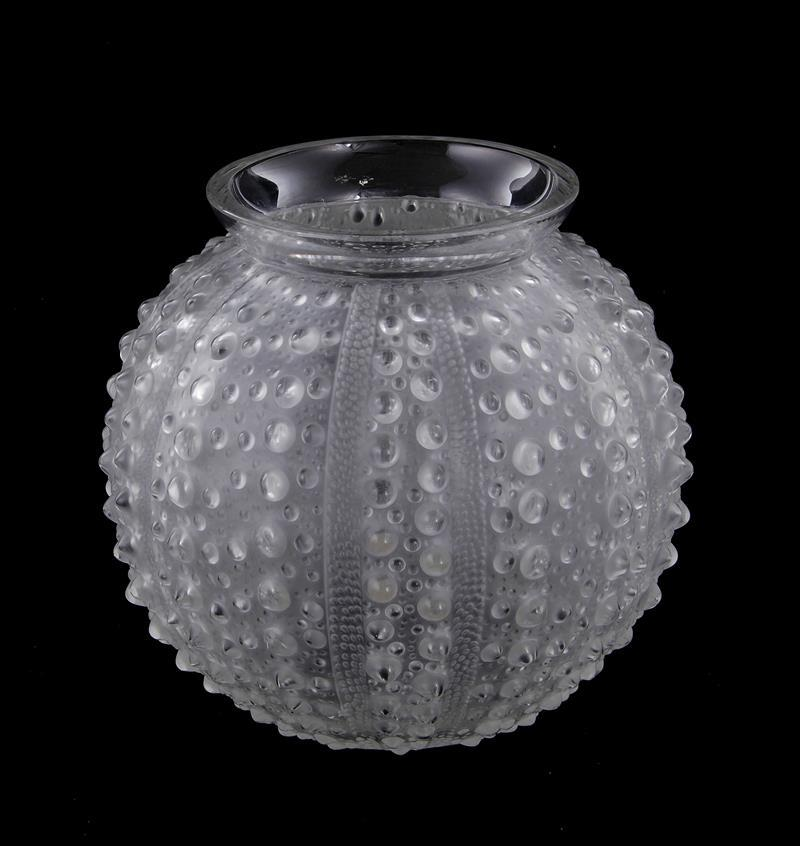 R. Lalique Oursin frosted crystal vase