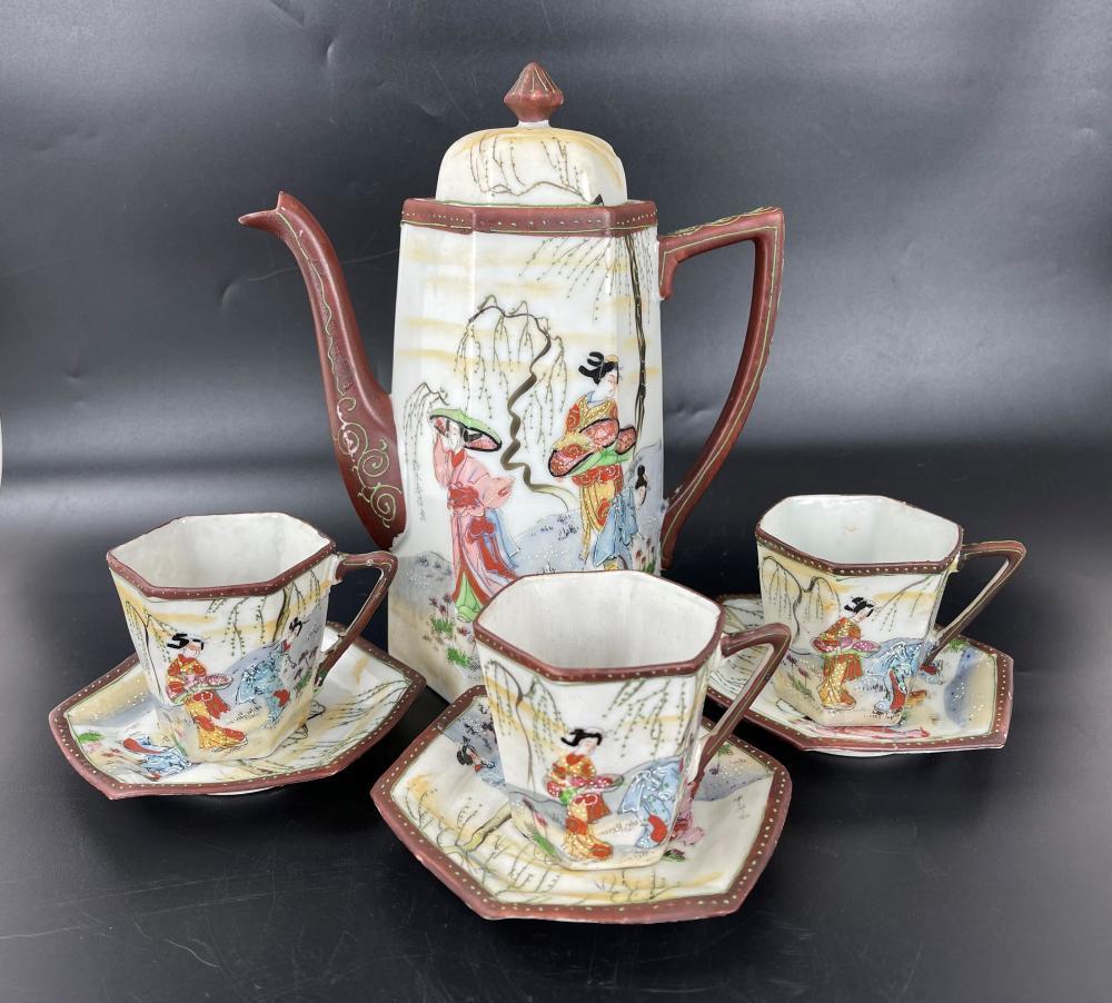 A Set of Porcelain Teapot and Cups Suzuki Harunobu Mark