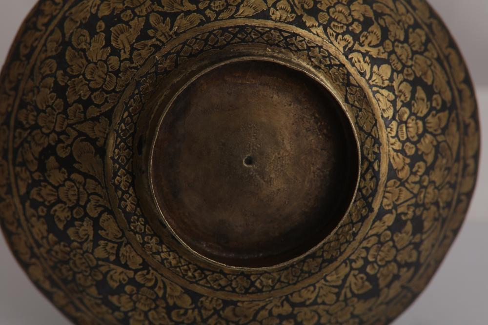 An early to mid-19th century Siamese (Thai) silver gilt niello tea bowl lid, Bangkok or Nakon Sri Thammarat circa 1820-60