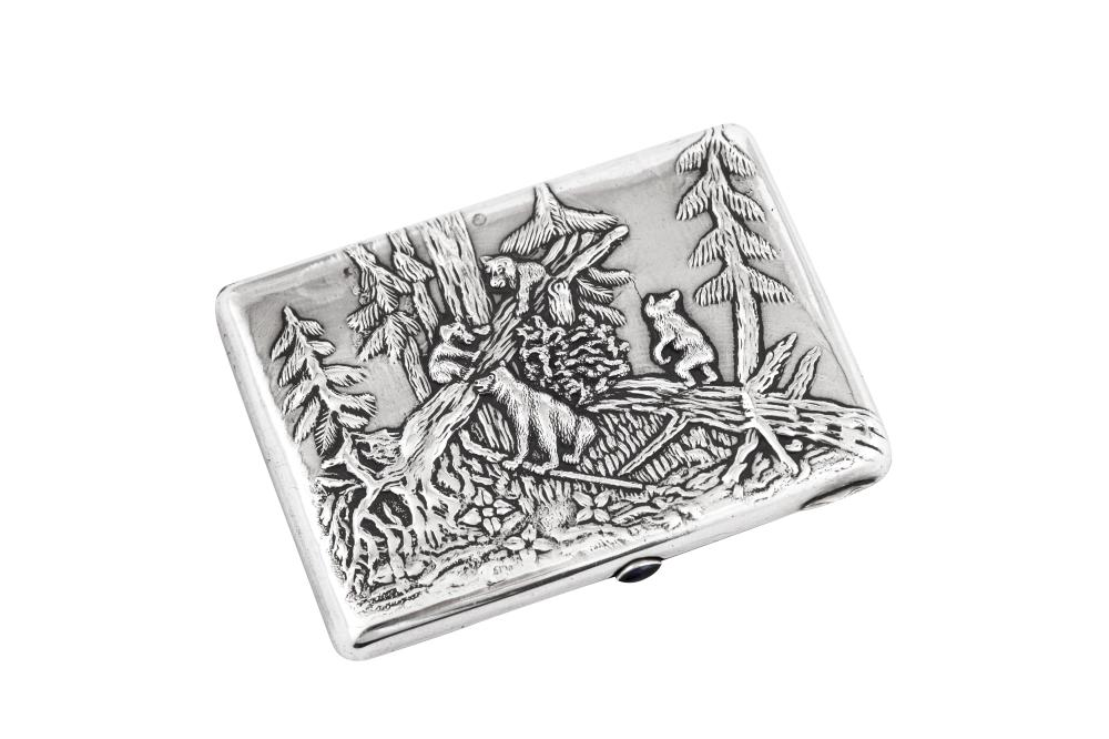 A Nicholas II early 20th century Russian 84 zolotnik silver cigarette case, Moscow 1908-26 by Konstantin Skortsov (active from 1887)