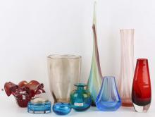 A collection of 20th Century Murano and other coloured glassware, to include vases, dishes etc (Qty).