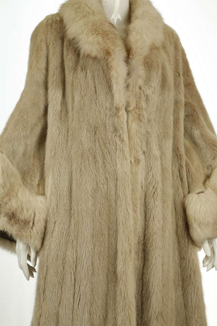 neiman marcus pearl mink coat full length with flared sleev. Black Bedroom Furniture Sets. Home Design Ideas