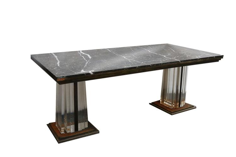 A 1960s ITALIAN DINING TABLE with black marble top having : H3383 L117610039 from www.invaluable.com size 750 x 499 jpeg 23kB