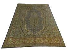 A Persian Kerman carpet, 4.00m x 3.00m, condition rating B.