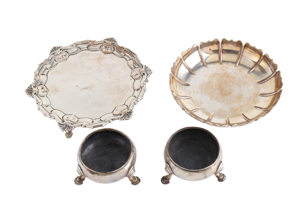 A mixed group of sterling silver, including a matched pair of George II salts, London 1738/9