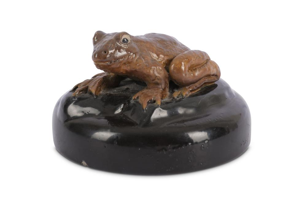Martin Brothers cover modelled with a large frog finial, dated 1896