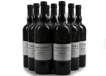 EIGHT BOTTLES OF 2000 TAYLOR'S LATE BOTTLED VINTAGE PORT, AND ONE BOTTLE OF TAYLOR'S 2004 LBV PORT,  bottled in 2005 and 2010 respectively, in Oporto, 75cl, (all 20% ABV),(9).  *This Port has been stored in a good private cellar*.