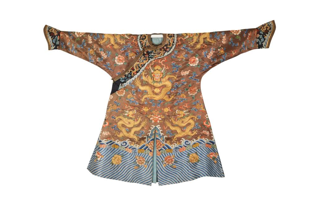 A CHINESE CHESTNUT-GROUND EMBROIDERED 'DRAGON' ROBE.