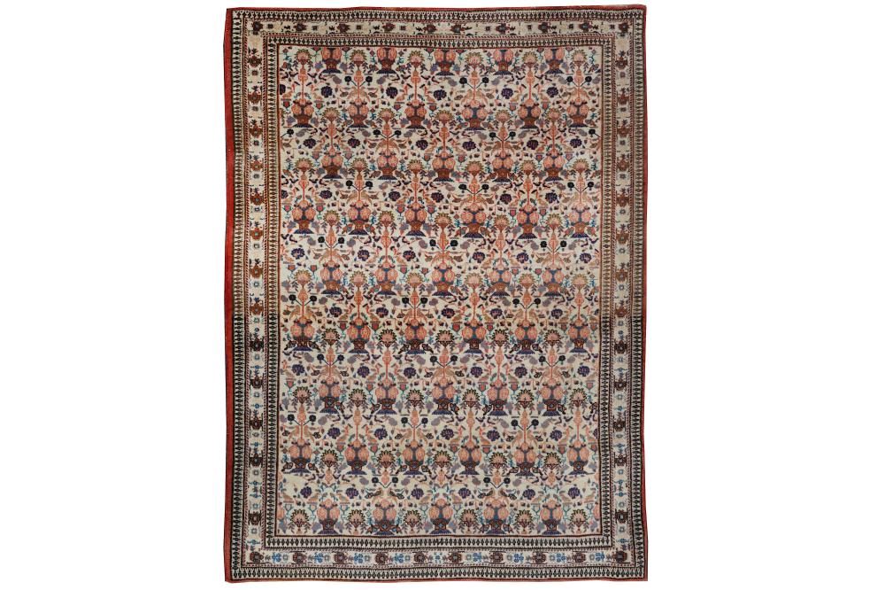 A FINE VERAMIN RUG OF ZILI SULTAN DESIGN, NORTH PERSIA