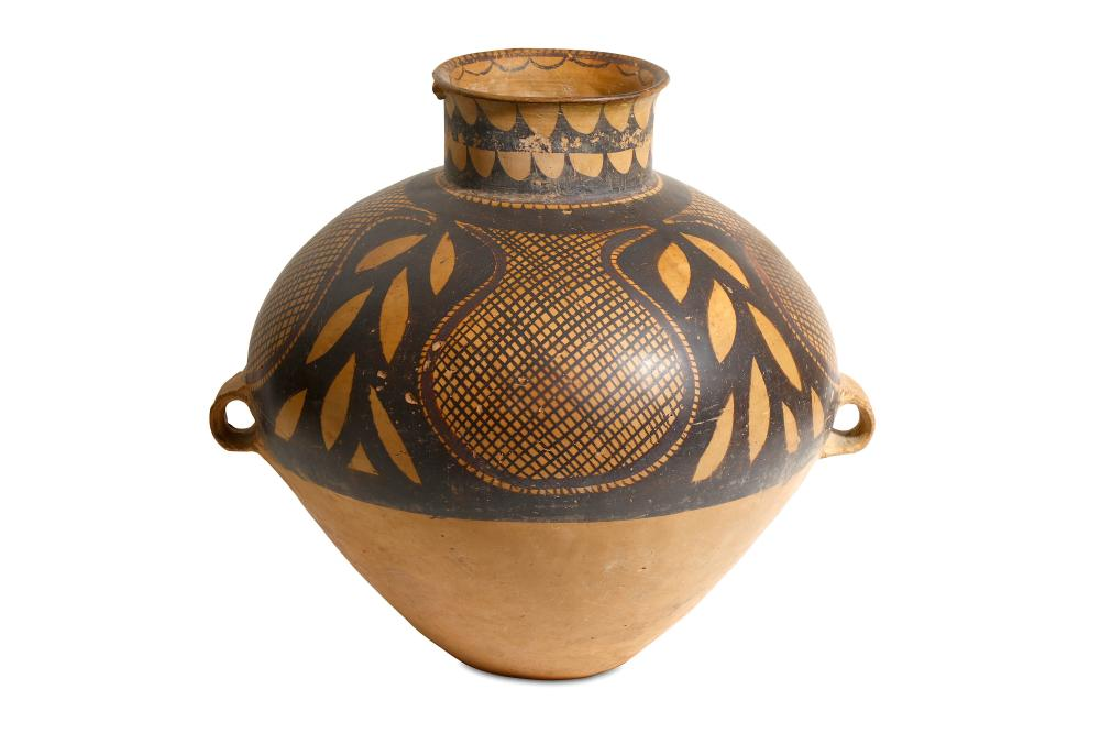 A LARGE BANSHAN PAINTED POTTERY VESSEL