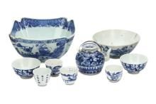 A COLLECTION OF CHINESE BLUE AND WHITE WARES.  Qing Dynasty.  Comprising a dragon teapot and cover and two tea bowls, four further cups, and two bowls. (10)  ?   ????????