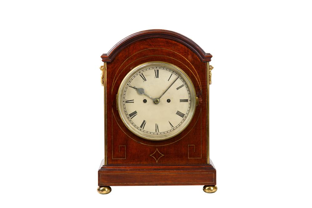 A MID 19TH CENTURY MAHOGANY AND BRASS MOUNTED FUSEE TABLE CLOCK