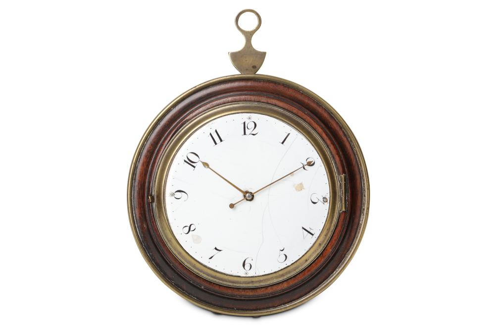 AN EARLY 19TH CENTURY FRENCH BRASS MOUNTED SEDAN CLOCK WITH LATER MOVEMENT
