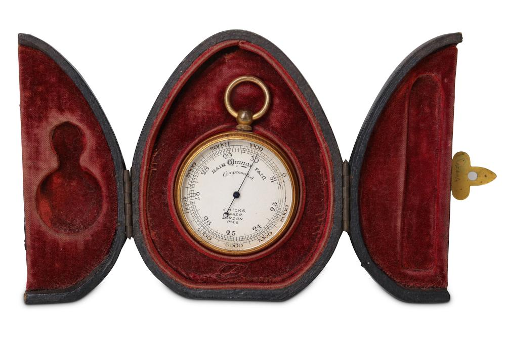 A LATE 19TH / EARLY 20TH CENTURY GILT BRASS POCKET COMPENSATED BAROMETER IN ORIGINAL CASE