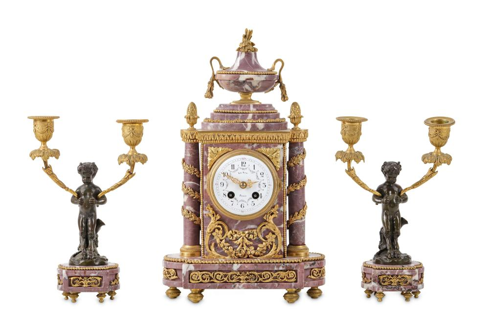 A FINE LATE 19TH / EARLY 20TH CENTURY FRENCH BELLE EPOQUE PERIOD GILT AND PATINATED BRONZE AND FLEUR