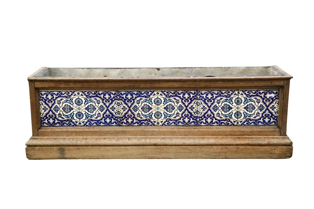 A FLOWER TROUGH INSET WITH 'PERSIAN' DESIGN MINTON POTTERY TILES Minton, Hollins & Co, Stoke-upon-Trent, England, late 19th - early 20th century