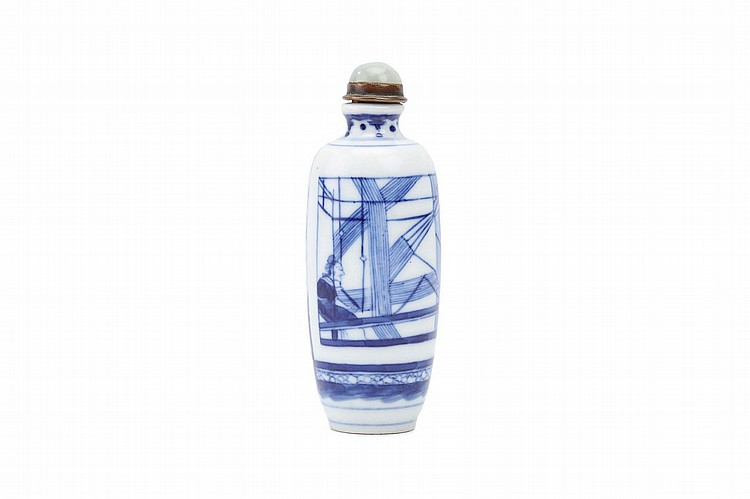 A CHINESE BLUE AND WHITE 'WEAVER' SNUFF BOTTLE.   Qing Dynasty, Xianfeng mark and of the period (1851 – 1856).   The body decorated with a scene of a lady sitting at a loom, Da Qing Xianfeng nianzhi mark to base, stopper, 9cm H.   Provenance: Collection of Bernard Buckman (1910 – 1991).   ? ???????? ?????????
