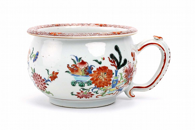 A CHINESE 'FAMILLE ROSE' CHAMBER POT.   Qing Dynasty, Qianlong era.   Decorated in enamels with flowering branches, 11.5cm H.   ? ?? ????