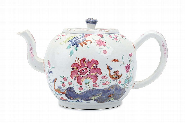 A 'PSEUDO-TOBACCO LEAF' TEAPOT AND COVER. Qing Dynasty, Qianlong era. Decorated to the exterior in underglaze blue, famille rose and gilt enamels with various leafy floral sprays, the cover is similarly decorated with flowers and foliage within an underglaze blue and gilt border, 16cm H. ?18?? ?????????