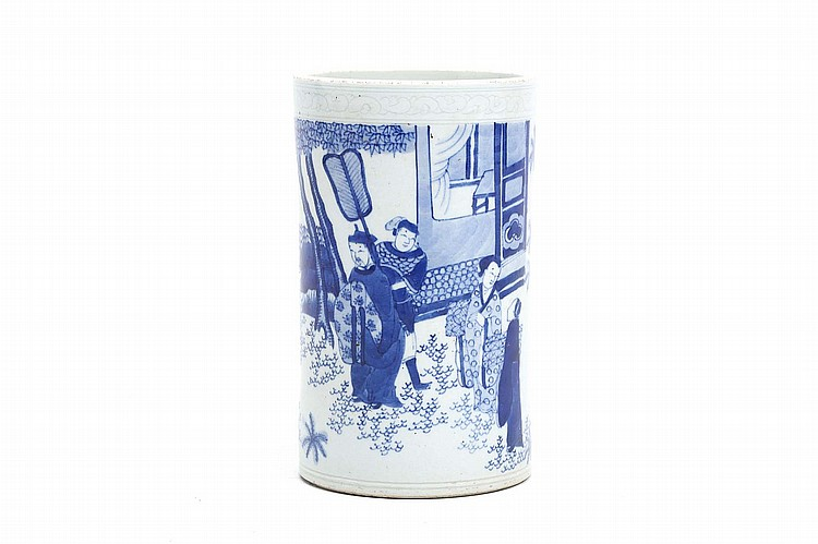 A CHINESE BLUE AND WHITE BRUSHPOT. 19th / 20th Century. Decorated with figures in a landscape setting below an incised border, 17cm H, 10cm diameter. 19-20?? ??????