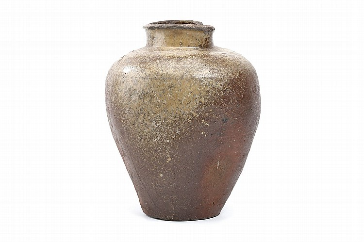 A LARGE STONEWARE JAR. Edo period. Of ovoid form with a tall neck, with ash glaze running down the body, a large chip to mouth rim, 35cm H ???????