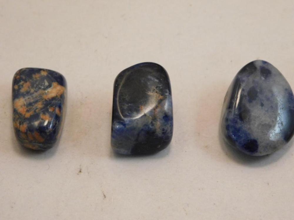 SODALITE POLISHED 3 PIECES