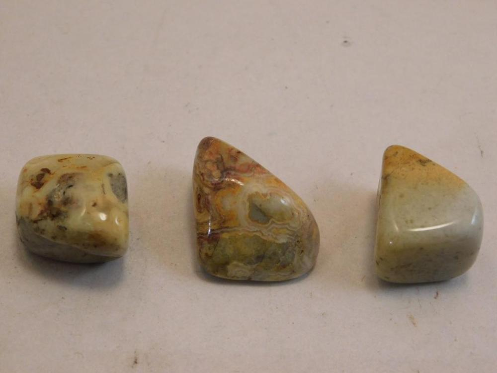 CRAZY LACE AGATE POLISHED 3 PIECES