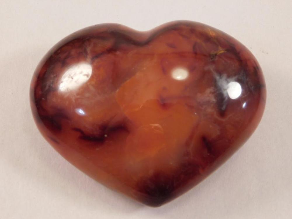 CARNELIAN HEART ROCK STONE LAPIDARY SPECIMEN