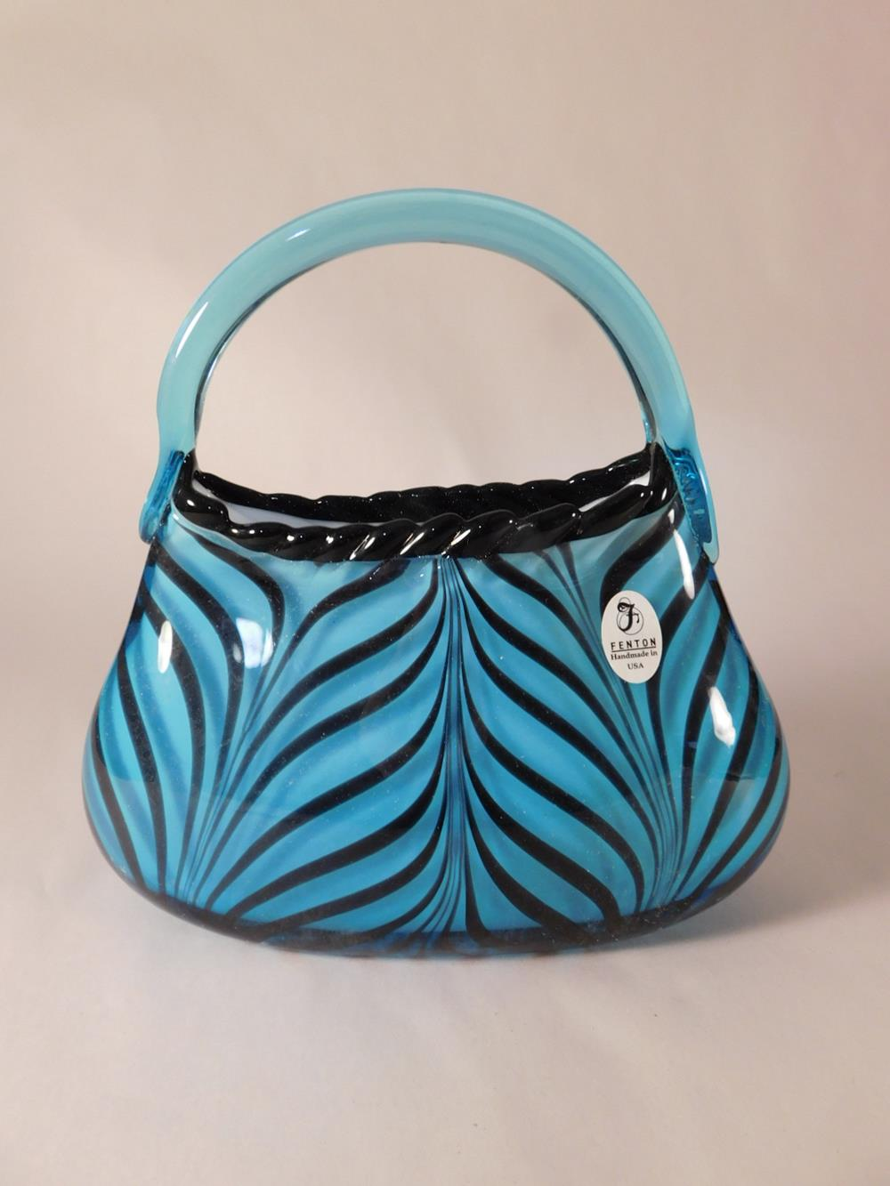 Fenton Art Glass USA Hand Painted and Signed DAVID FETTY CONNOISSEUR COLLECTION PURSE See Photo