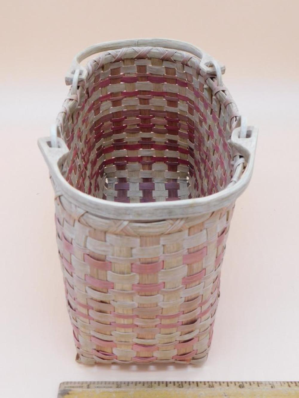 BASKET WITH HANDLES PRIMITIVE VINTAGE ANTIQUE NEW ENGLAND