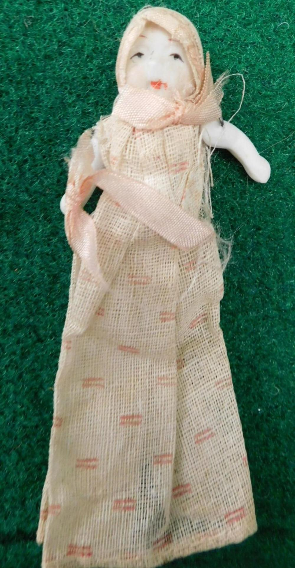 JOINTED DOLL ANTIQUE