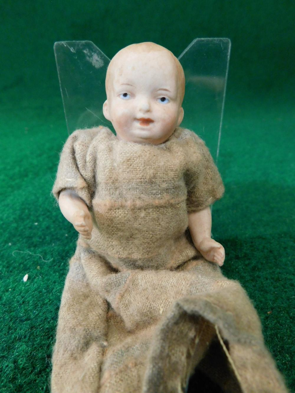 ANTIQUE DOLL MISSING LEGS