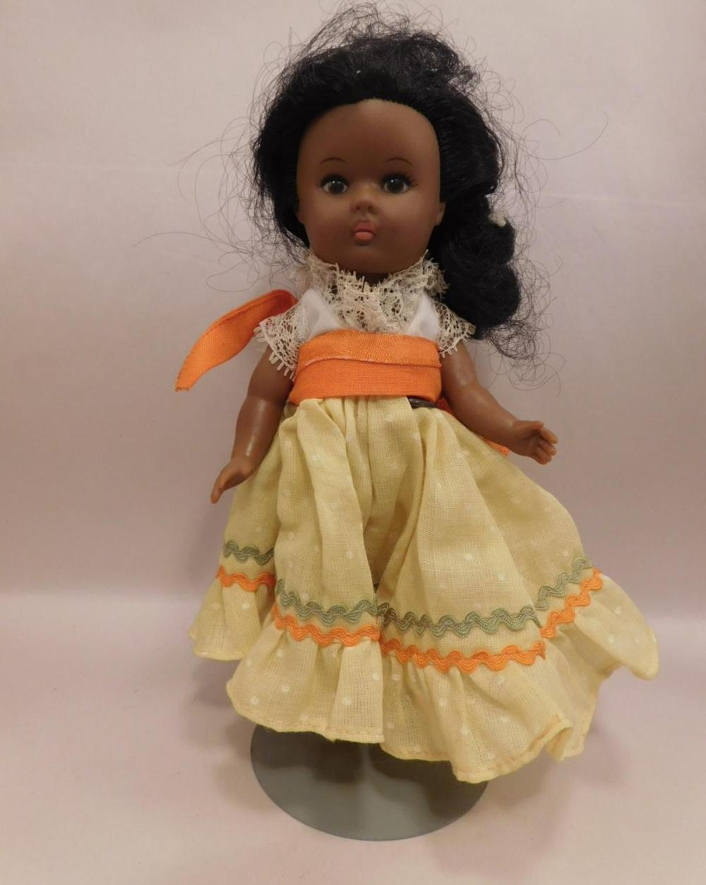 VOGUE DOLL VINTAGE ANTIQUE